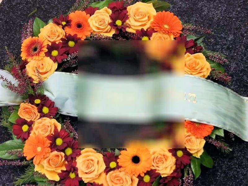 oranssi_seppele